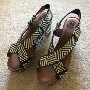 Lucky brand wedged sandals